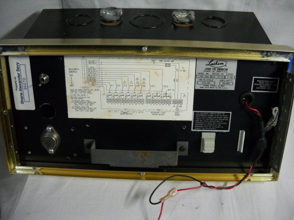 LTR6-384 inside of front panel